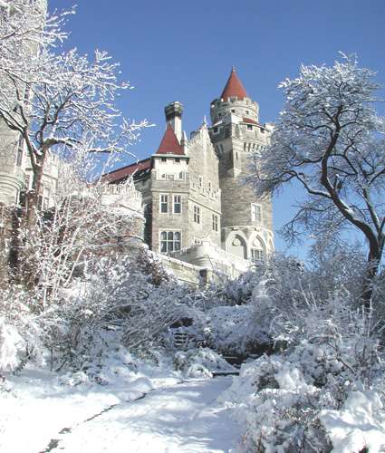 Feel like a prince or princess while shooting at a target in Casa Loma. Photo via where.ca
